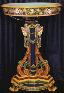 Minton_Triangular_Pillar_With_Della_Robbia_Wreath_Jardiniere