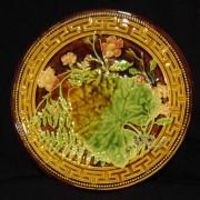 Leaf plate with Greek key border