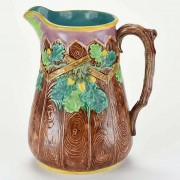 Acorn fence pitcher