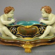 Putti and grapes table center