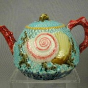 Shell and Net teapot