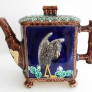 Heron teapot