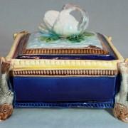 Swan sardine box