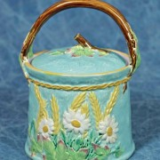 Wheat and floral biscuit jar