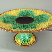 Pineapple cakestand