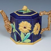 Sunflower teapot