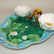 George Jones pond lily strawberry server