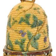 Minton beehive cheese keeper