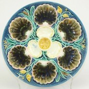 Shell and bulrush oyster plate